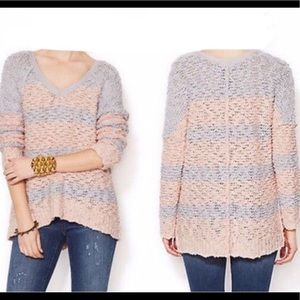 FREE PEOPLE KNITTED PINK  &  GRAY SWEATER.